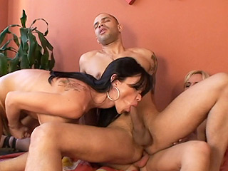 Carla novais thays and tony. Tgirls Carla & Thays having nasty group sex with Tony