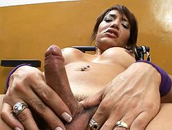 Belen Good shemale Belen masturbating in the gym.
