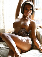Sonya. Exotic Sonya strips and pleasures